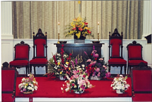 churchalterflowers1_2017-03-10-17-55-52.png